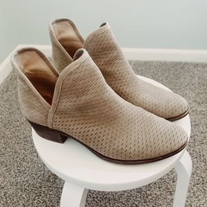 Lucky Brand Booties - Size 9